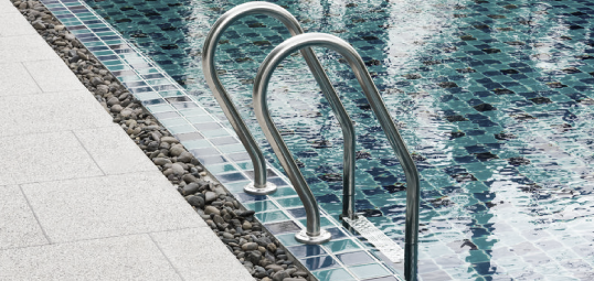 SWIMMING POOL LEAKSSwimming pool leaks can wreak havoc on your pool and what can start out small can turn into a big problem. Our team specialises in finding and fixing pool leaks